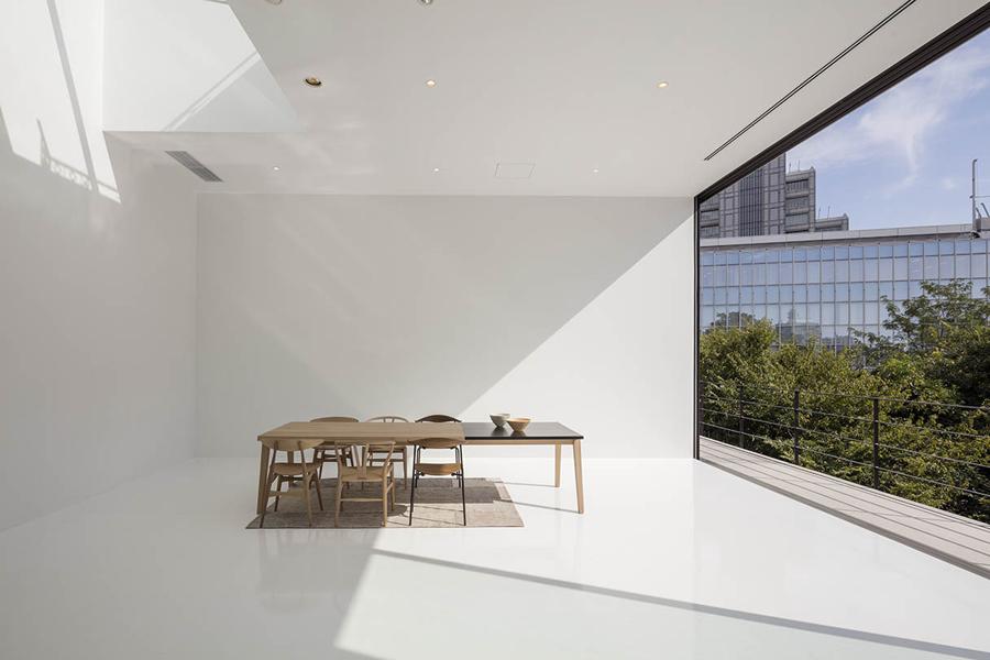 ART WORKS表参道 WHITE studio