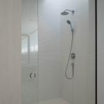 GUEST ROOMに併設するシャワールーム