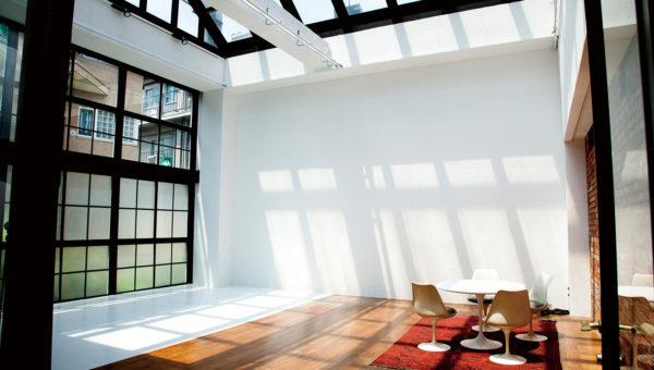 天井高!全面天窓ガラス張り。 自然光降り注ぐペントハウス<br>ROSE STUDIO(ローズスタジオ)