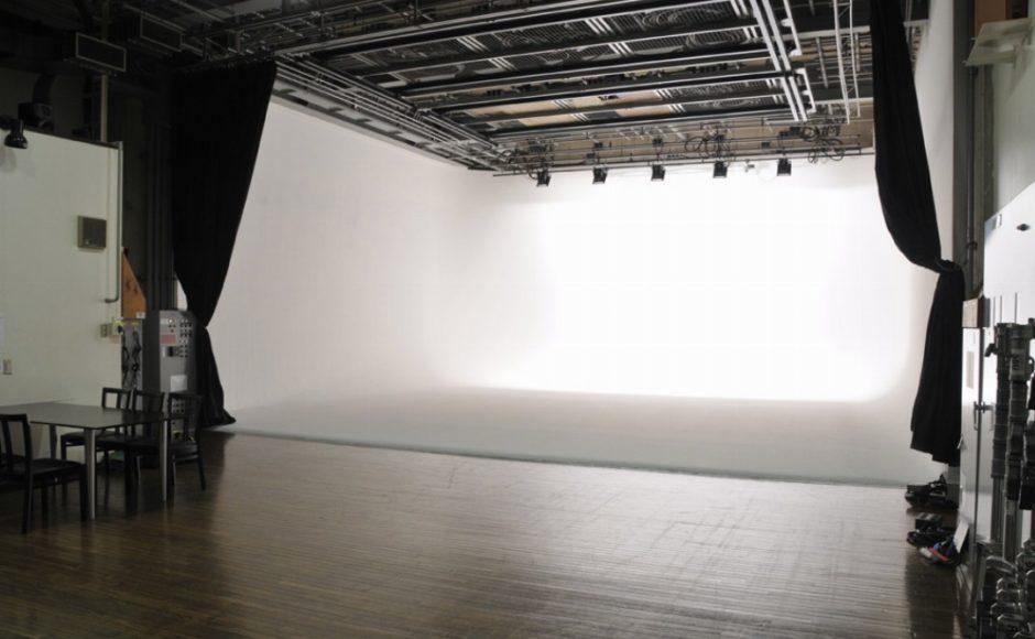 厳選!【150平米以上】東京都内の大型ホリゾントスタジオ(白ホリスタジオ)一覧